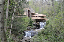 FLW Fallingwater Getty Image from MSL.jp