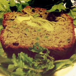 Le cake au thon // pesto au coeur d'artichauts