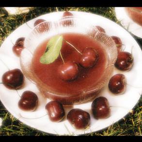 Soupe de cerises en gelée