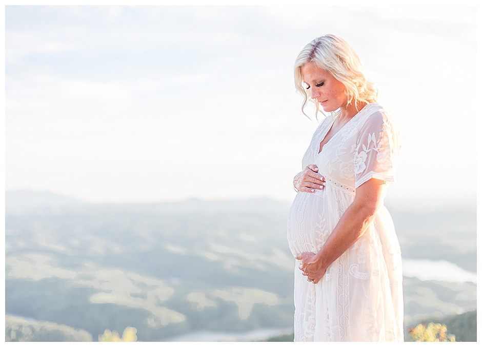 White maternity gown, Chattanooga Maternity Photographer East Ivy Photography at Ocoee River, Chattanooga maternity photos, couples portrait, mountain vista, East Ivy Photography, Cleveland TN Maternity photographer