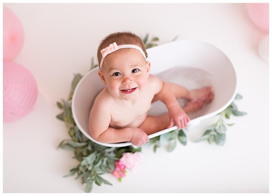 baby girl in white tub, cake smash photographer chattanooga
