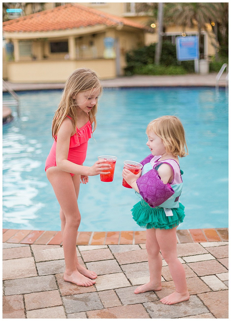 kids at the pool, drinks, cake smash photographer chattanooga