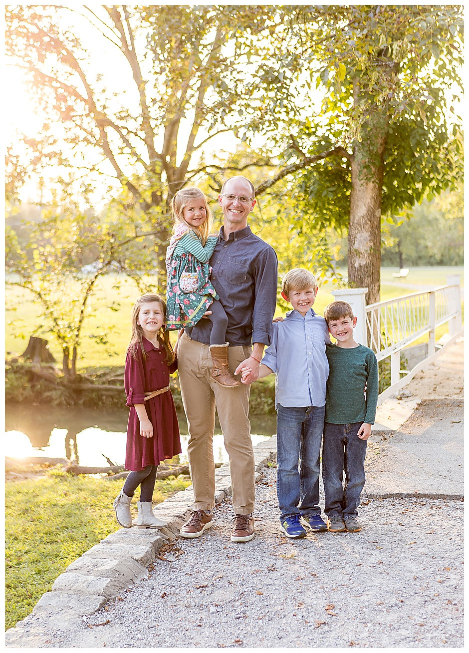 dad with four kids, best family photographer Chattanooga, affordable photographer Chattanoga