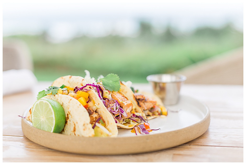 fish taco plate, outdoor dining, lifestyle photographer chattanooga