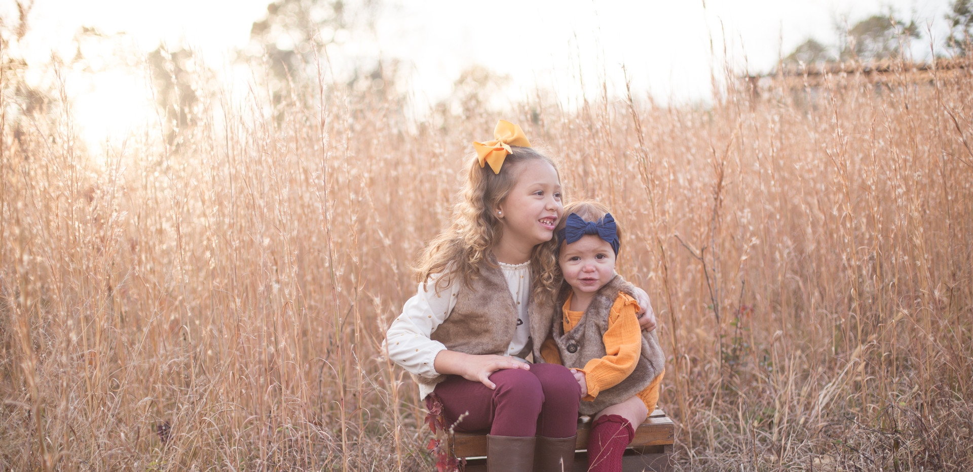 family photos Chattanooga TN, fall colors, tall grass