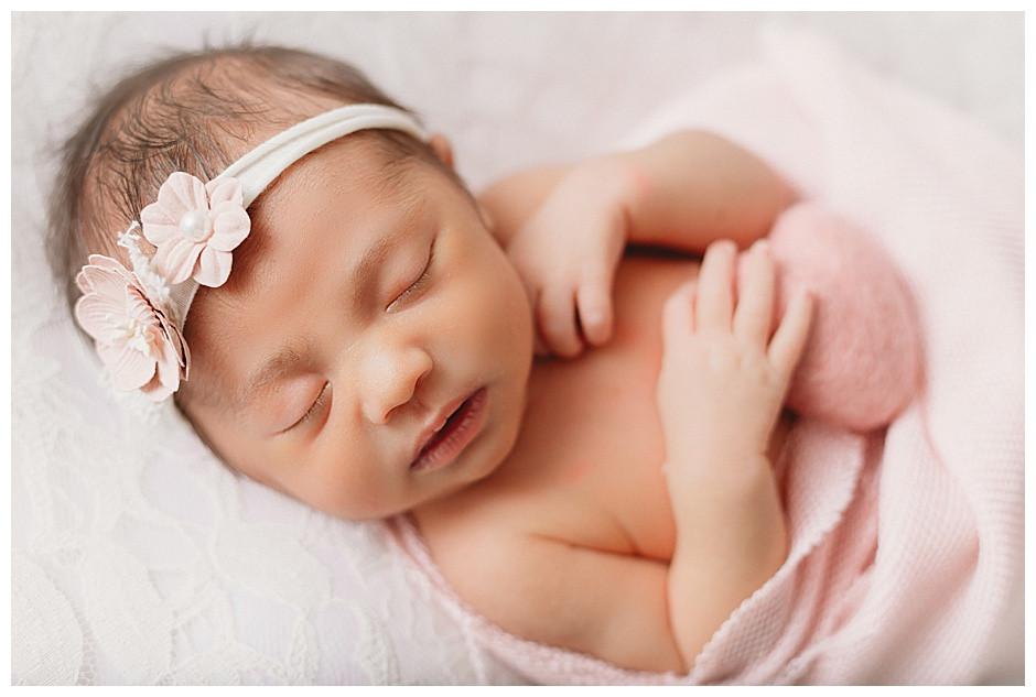 close up photo, pink heart, best newborn photographer Chattanooga