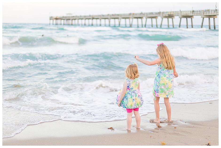 children, beach, waves, family photographer chattanooga