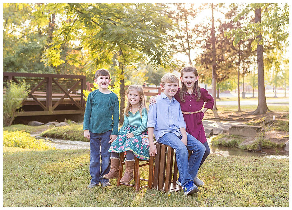 family photographer Chattanooga, Heritage Park photo session, 4 kids