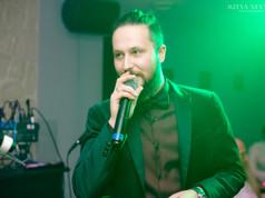 DJ Thompson  MC