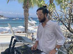 DJ Thompson Keller Plage