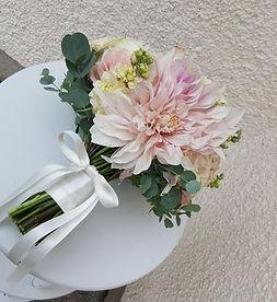 Simply Elegant - Bride bouquet