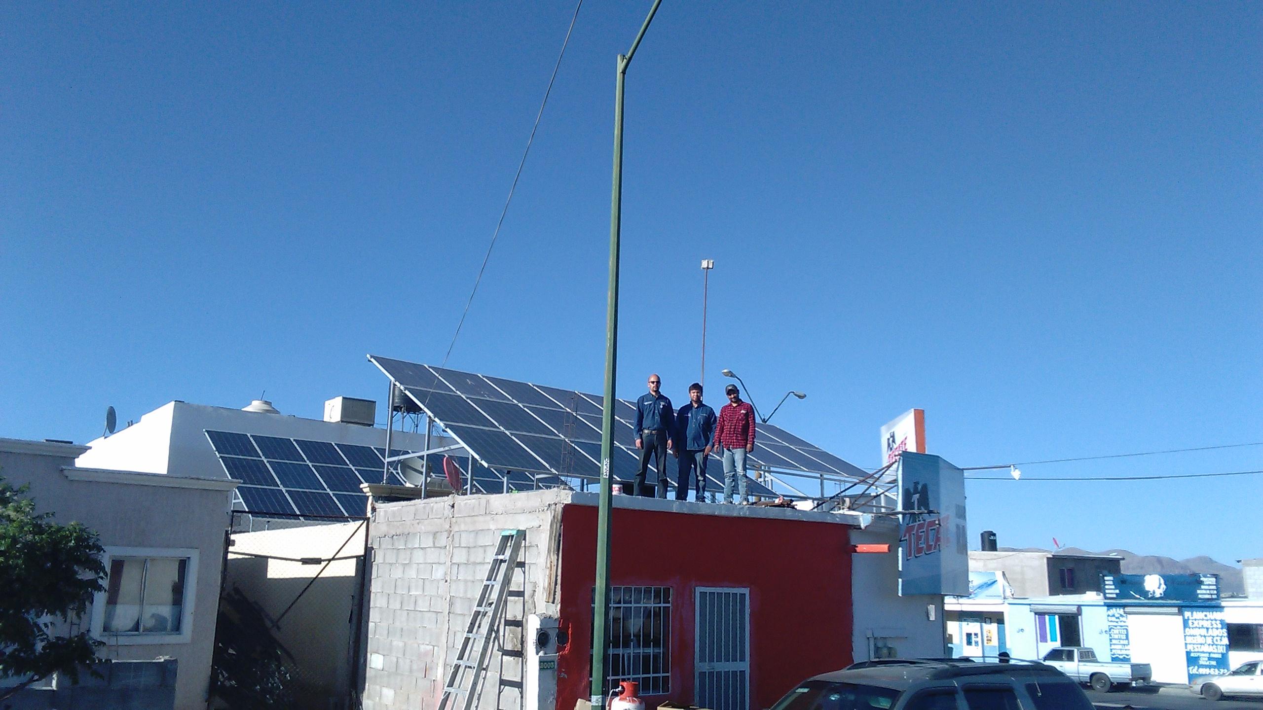 Tienda con Energía Solar