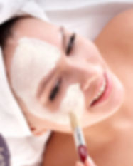 bigstock-Cosmetician-make-mask-to-girl--