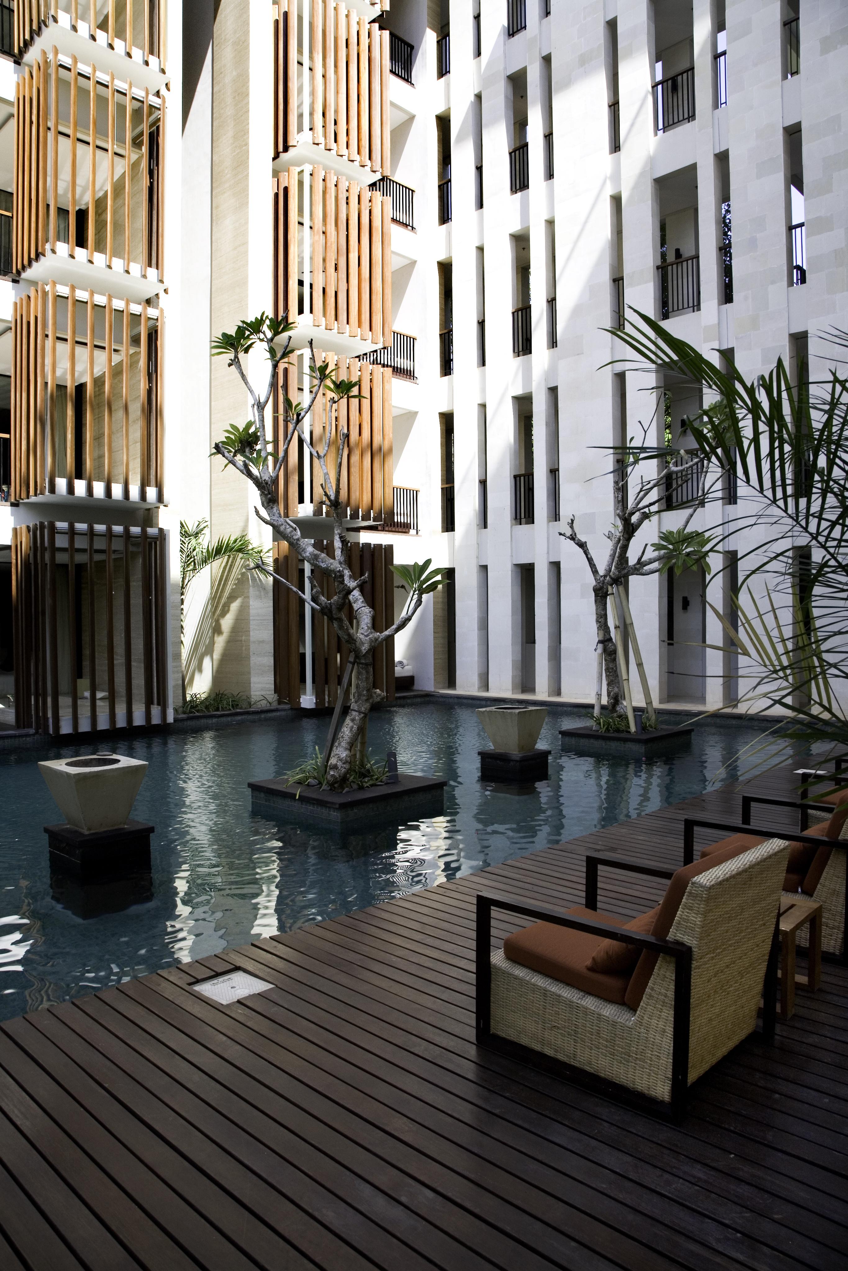 pool suite_1