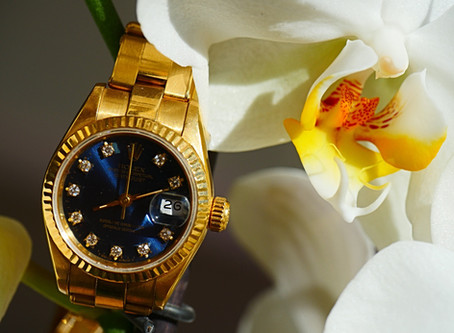 GUIDE INTO THE LUXURY WATCH WORLD FOR BUSINESS LADIES