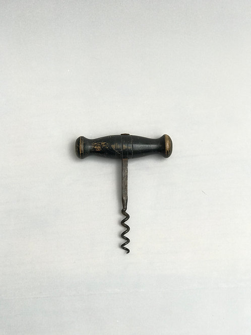 Pull corkscrew with wood handle