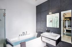 עיצוב מקלחות -אילנה וייזברג