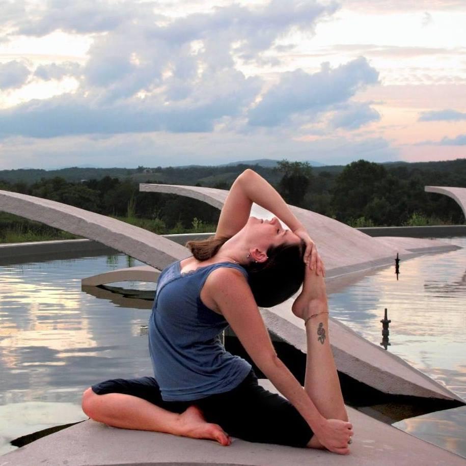 lauren yoga