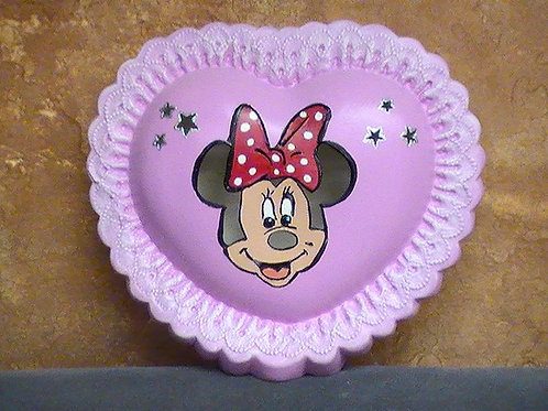 Cartoon mouse on heart lamp painted