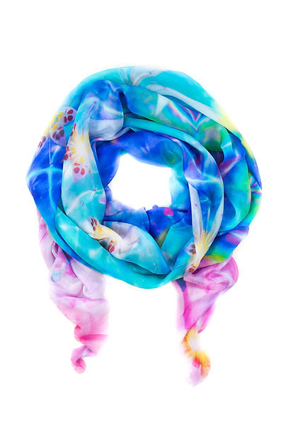 Flora-scarf-by-Doni-Amoris.jpg