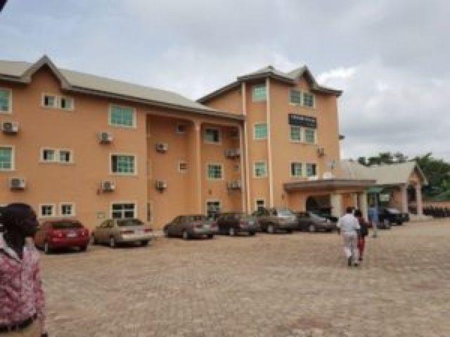 Nigerian Man Found Died In Hotel Room With Calabash & Money