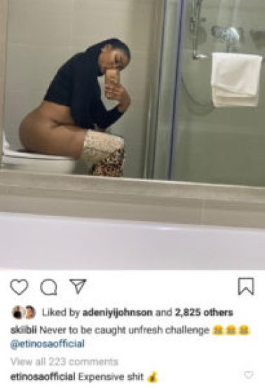 Photo of Actress Etinosa sitting on the toilet with her