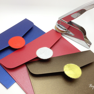 Seal embossing foil labels