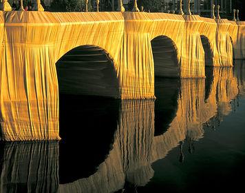 LES 5 ARTISTES LES PLUS INSPIRANTS DE L'ART-CHITECTURE #1 Christo et Jeanne-Claude