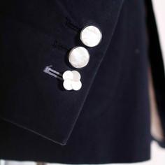 ジャケットボタン1.jpg