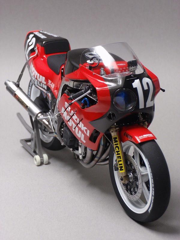 '86 ヨシムラGSX-R 鈴鹿8耐仕様  11.jpg