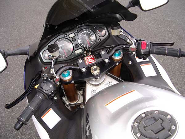 GSX1300R  隼 シルバー_アルミホイールホワイト12.JPG