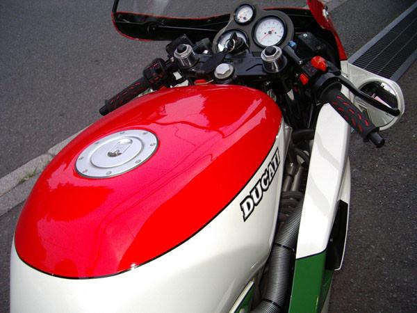 DUCATI 851 4.JPG