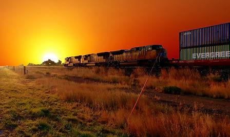 sunrise-3562208_1920.jpg