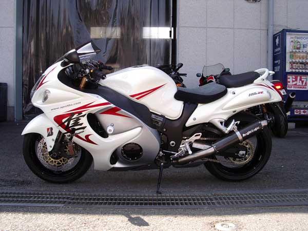 GSX1300R 隼 '08 ホワイト2.JPG