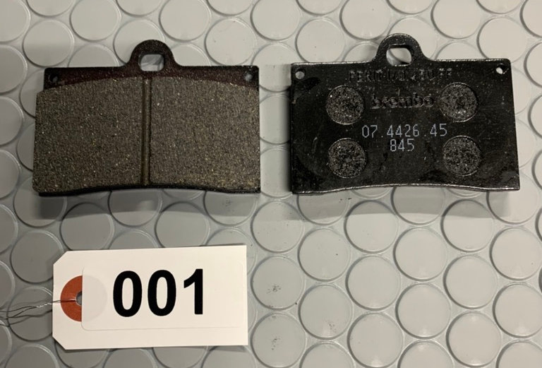 ブレンボキャストキャリパー用スタンダードパット(2枚セット) 001
