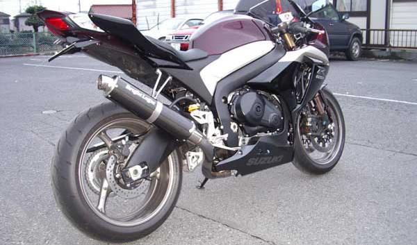 SUZUKI GSX-R1000 K9 3.JPG