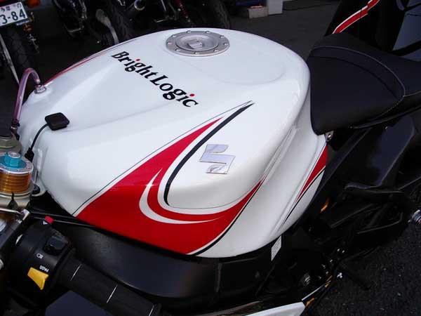 GSX-R1000 K6 10.JPG