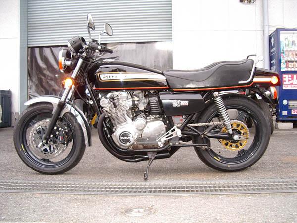 GS1000 2.JPG