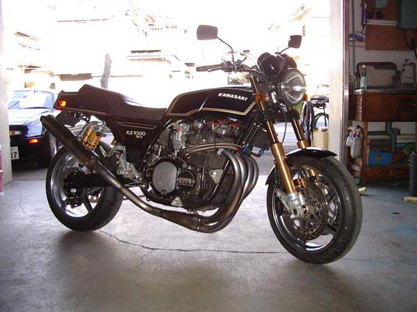 KAWASAKI Z1000 Mk.2.JPG
