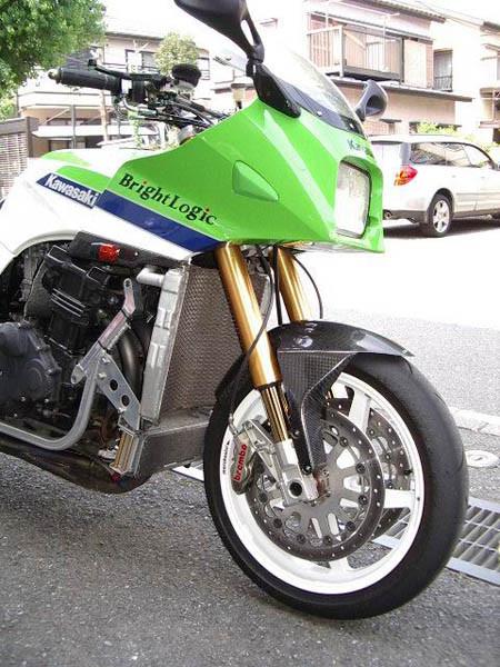 KAWASAKI GPZ900R ニンジャ 5.JPG