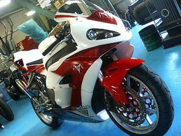 HONDA CBR1000RR 2.JPG