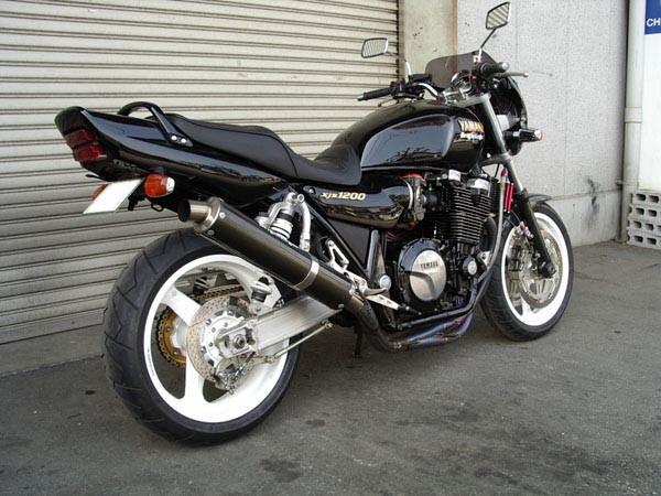 YAMAHA XJR1200 2.JPG