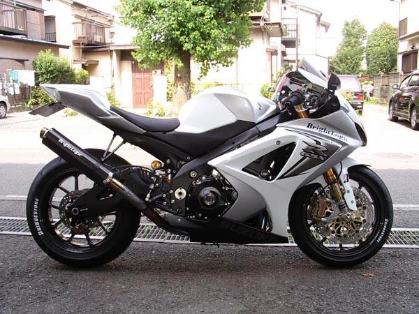 GSX-R1000 K8.JPG