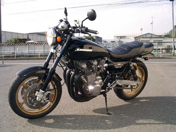 KAWASAKI Z-1 2.jpg