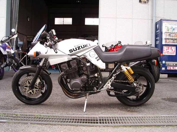 SUZUKI カタナ1100 2.JPG