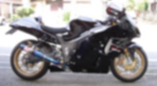 GSX1300R  隼 ブラックメタリック_アルミホイールゴールド.JPG