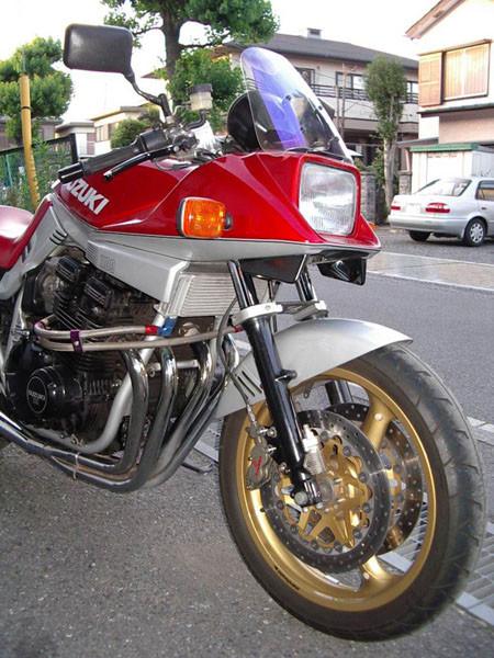 SUZUKI カタナ1100 5.JPG