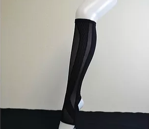 筋肉立体サポートソックス