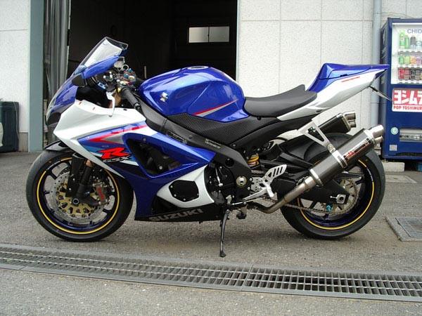 GSX-R1000 K7 2.JPG