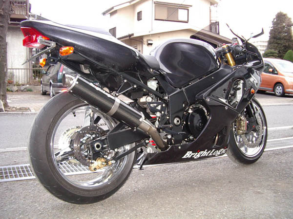GSX-R1000 K2 2.JPG